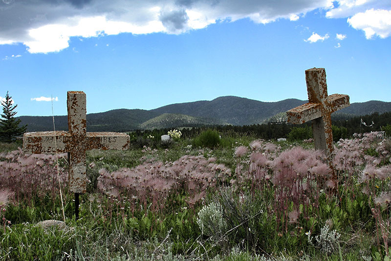 02cemetary_Elizabethrown_New-Mexico_graves_haunted_ghost-town