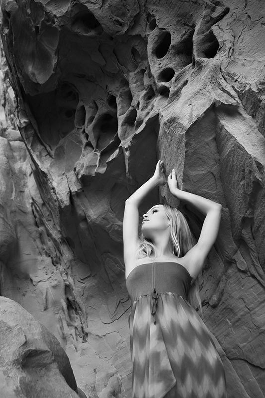 204-las_vegas-lake_mead-las_vegas-blonde_model-beautiful_model-red_sandstone-red_rocks