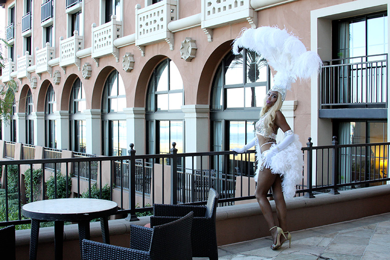 par-01web-las_vegas_showgirl-lake_las_vegas-enchanted_eye_photography-westin_hotel_lake_las_vegas-165a