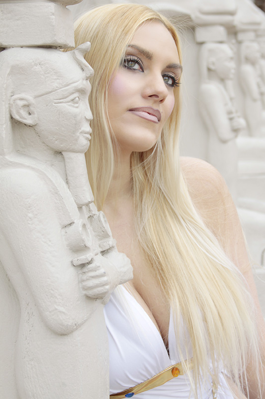 Par04-Las_Vegas-Luxor_Casino-blonde-model-las_vegas_photographer_MG_7215a