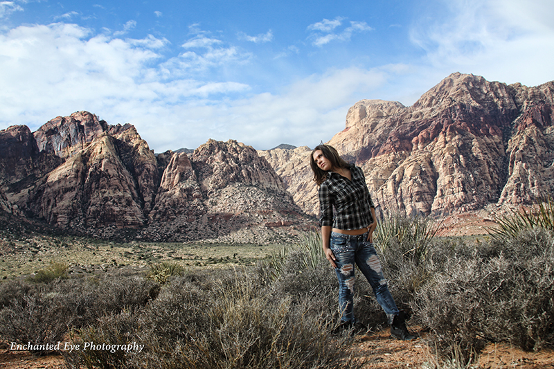 Par05-Red_Rock_Las_Vegas_Park-model-outdoors-Photographer