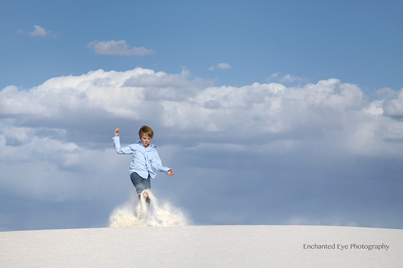 WEB-White_Sands-New_Mexico-gypsom-dunes-young_boy-playing_in_sand-AaIMG_6067